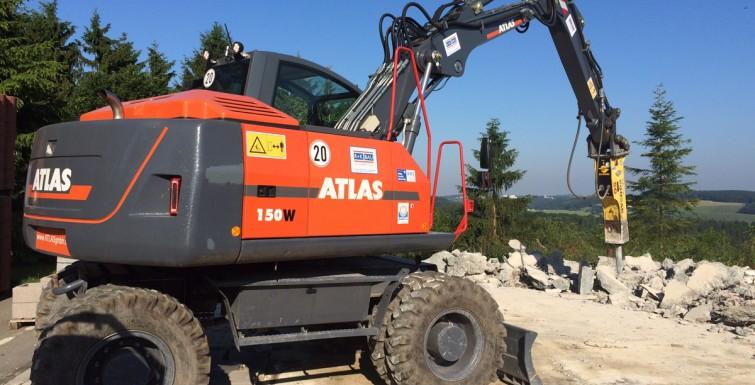 Rückbauarbeiten Fundamentbodenplatte – OBI Lüdenscheid